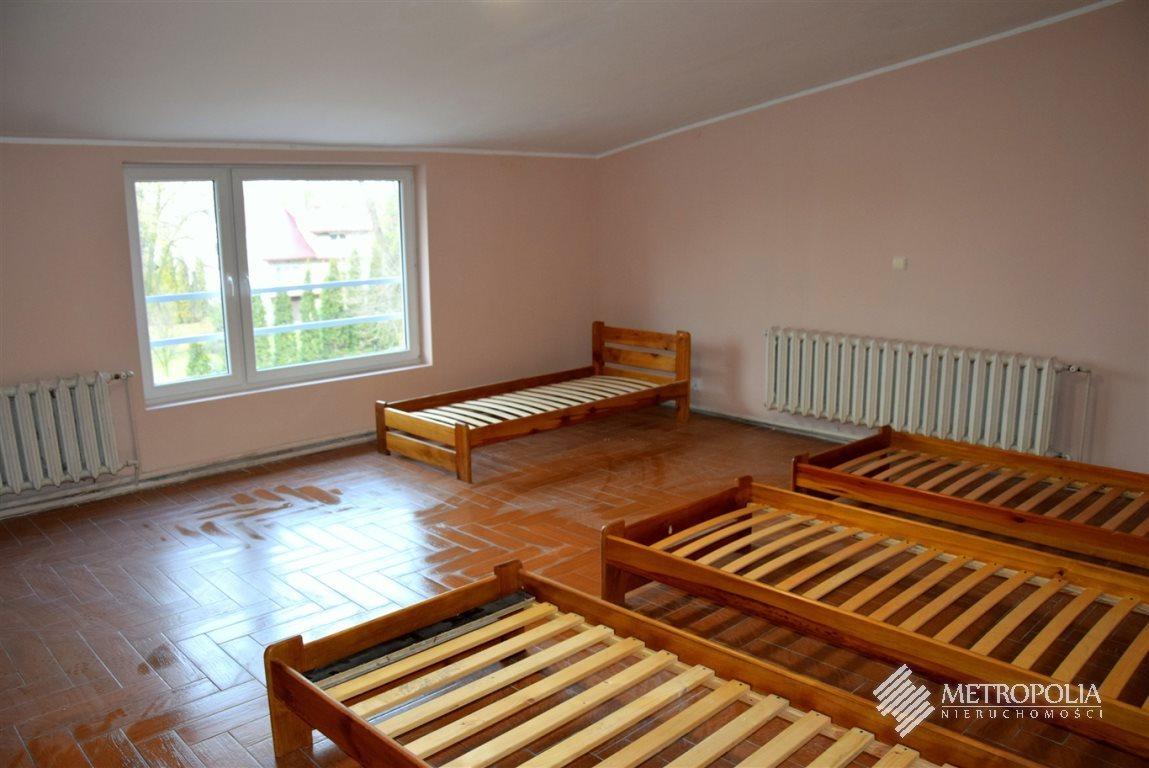 Mieszkanie trzypokojowe na wynajem Mała Wieś  180m2 Foto 1