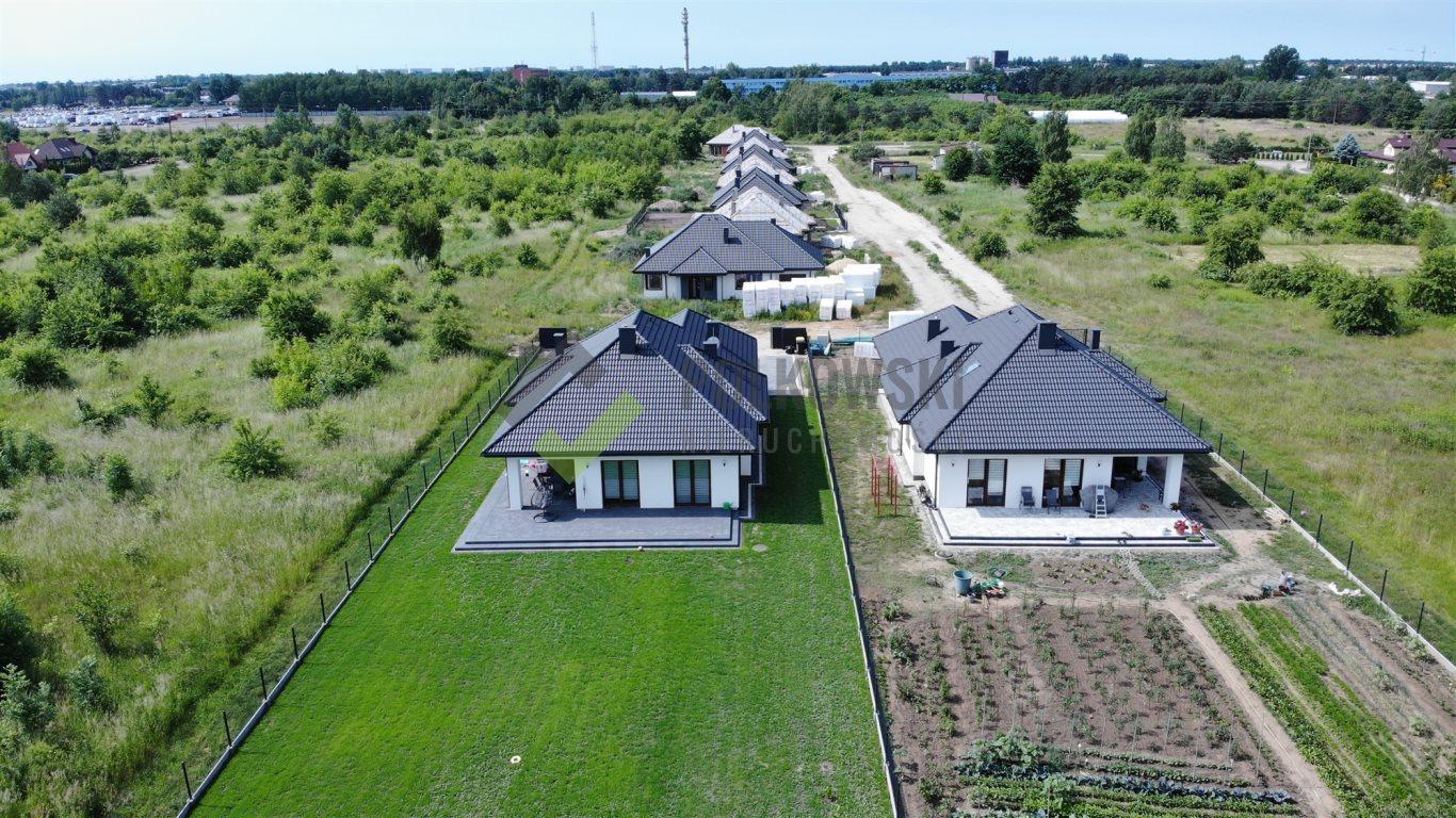 Dom na sprzedaż Chotomów, Chotomów  122m2 Foto 1