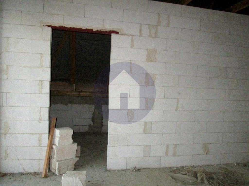 Dom na sprzedaż Żarów  125m2 Foto 3
