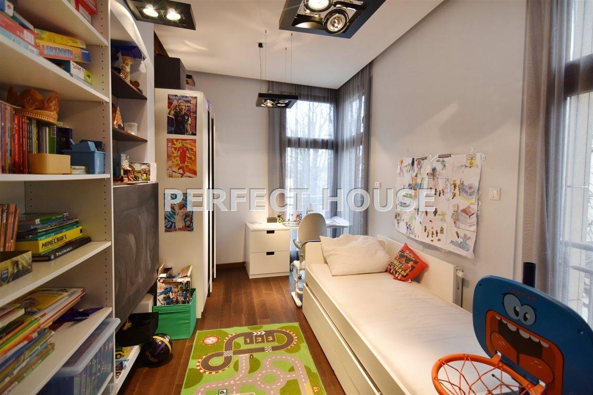 Luksusowe mieszkanie czteropokojowe  na sprzedaż Poznań, Centrum  142m2 Foto 11