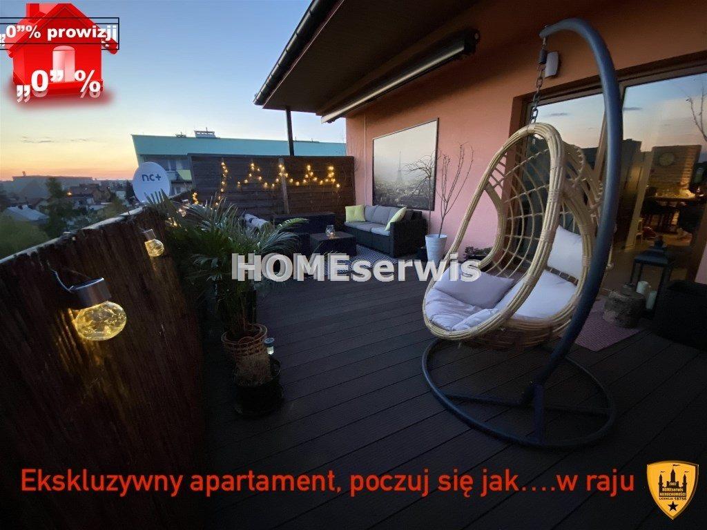 Mieszkanie czteropokojowe  na sprzedaż Ostrowiec Świętokrzyski  90m2 Foto 1
