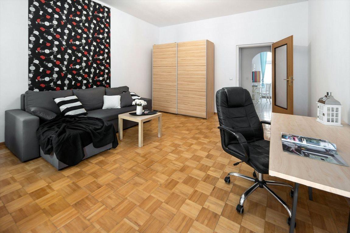Mieszkanie dwupokojowe na sprzedaż Wrocław, Przedmieście Oławskie, Komuny Paryskiej  52m2 Foto 2