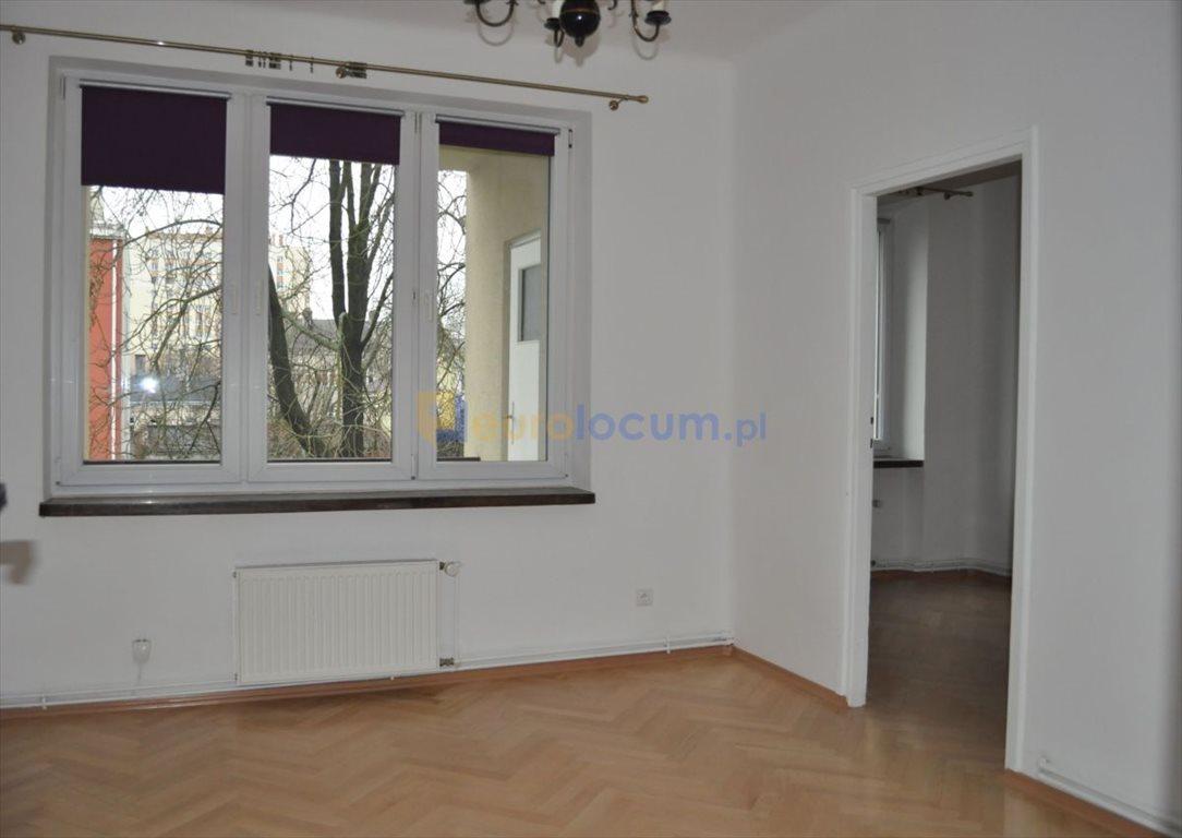 Mieszkanie czteropokojowe  na wynajem Kielce, Centrum, Żeromskiego  67m2 Foto 2