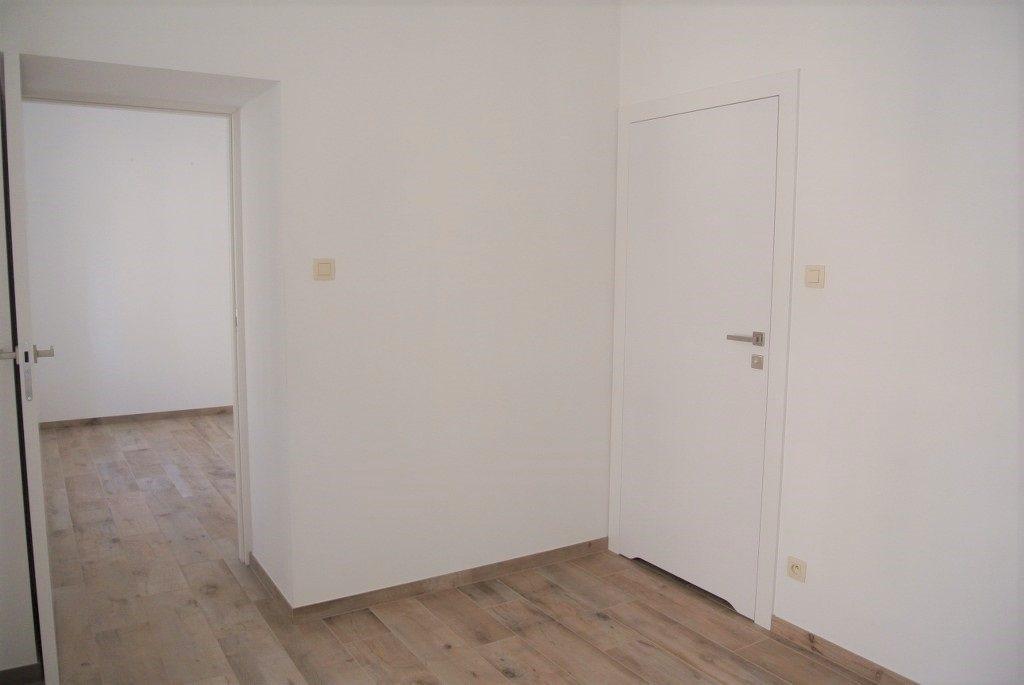 Mieszkanie dwupokojowe na wynajem Kielce, Centrum  44m2 Foto 4