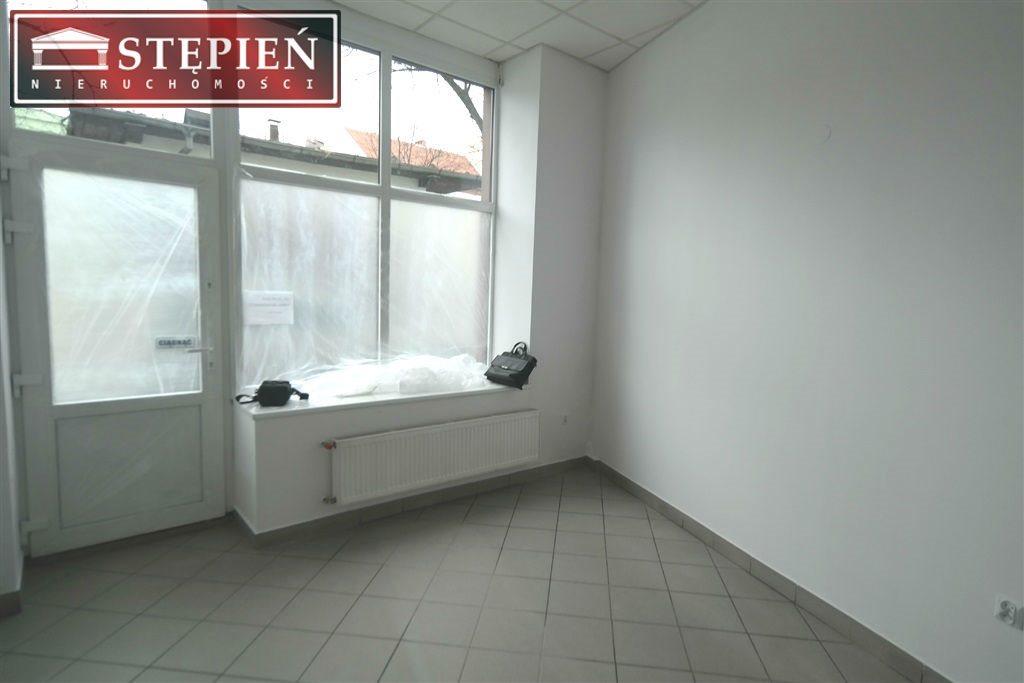 Lokal użytkowy na wynajem Jelenia Góra, Centrum  27m2 Foto 1