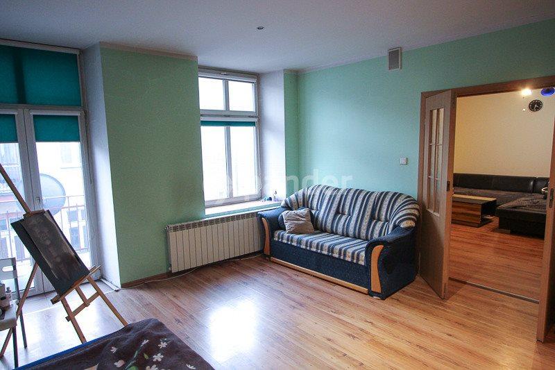 Mieszkanie dwupokojowe na sprzedaż Częstochowa, Śródmieście, Marszałka Józefa Piłsudskiego  64m2 Foto 4