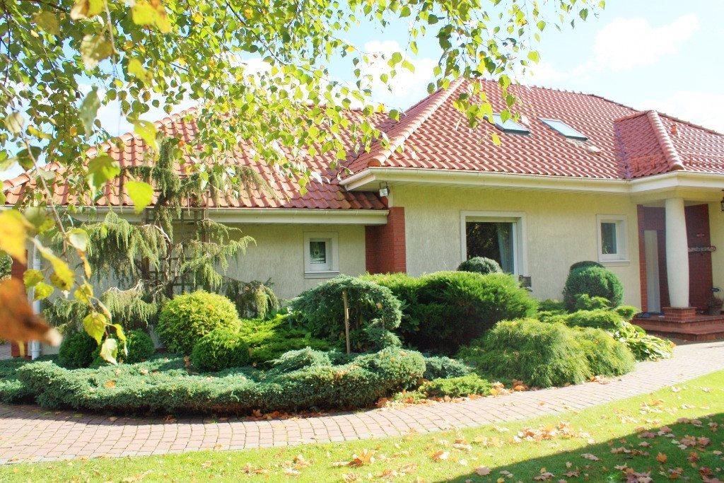 Dom na sprzedaż Chwaszczyno  257m2 Foto 1