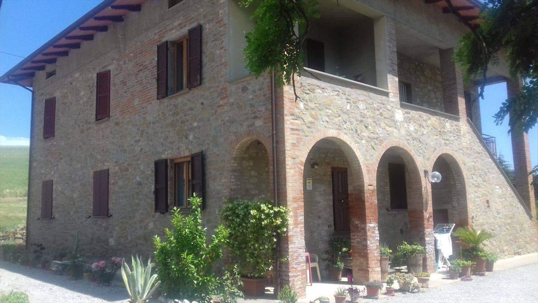 Dom na sprzedaż Perugia Włochy  220m2 Foto 1