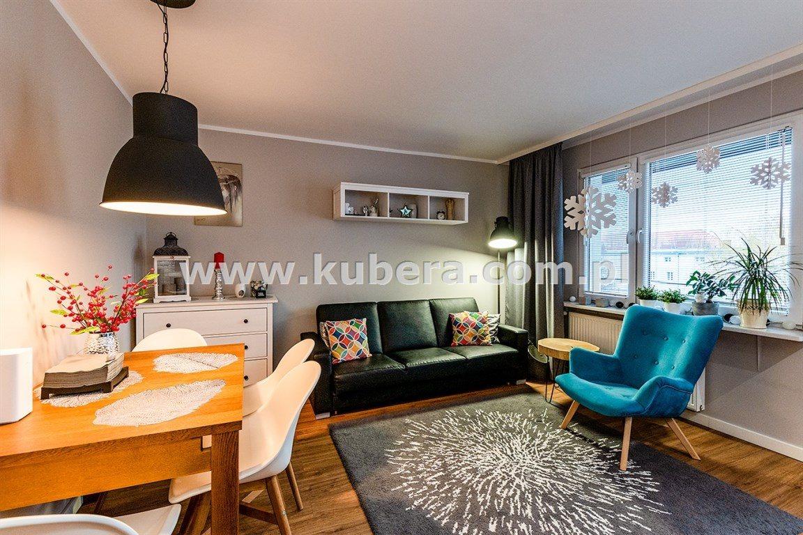 Mieszkanie czteropokojowe  na sprzedaż Piła  70m2 Foto 2