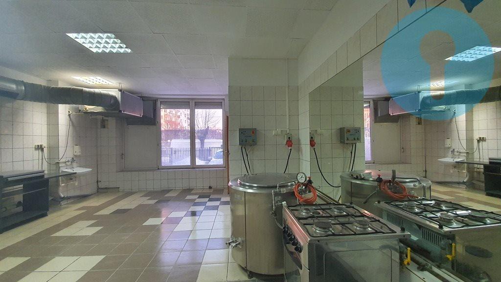Lokal użytkowy na wynajem Kielce, Centrum  120m2 Foto 4