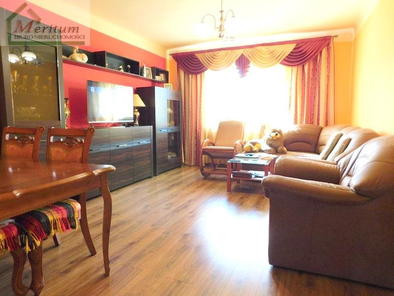 Mieszkanie trzypokojowe na sprzedaż Nowy Sącz, Oś.Przydworcowe  66m2 Foto 4