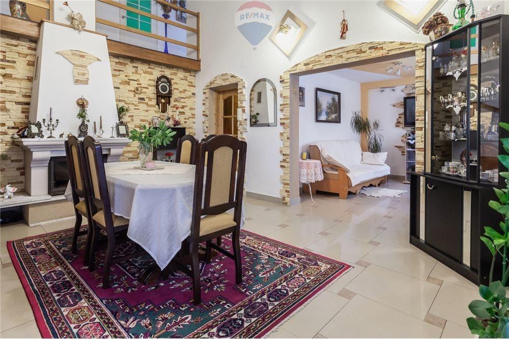 Dom na sprzedaż Ligota  197m2 Foto 11