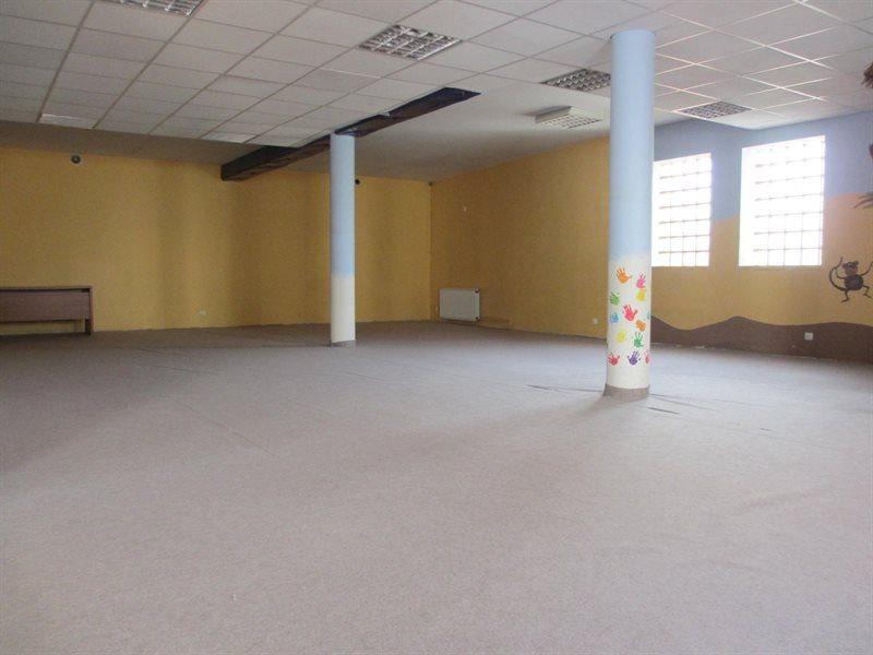 Lokal użytkowy na wynajem Kościan, Centrum  145m2 Foto 1