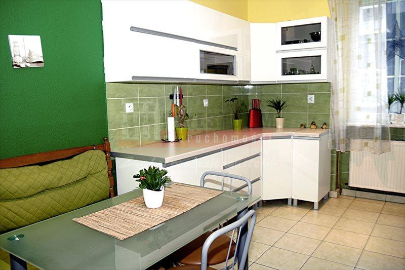 Mieszkanie czteropokojowe  na sprzedaż Kluczbork  103m2 Foto 1
