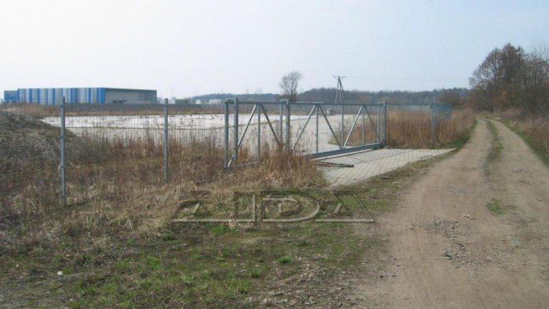 Działka przemysłowo-handlowa na sprzedaż Byków, Tereny przemysłowe, krajowa  11200m2 Foto 1