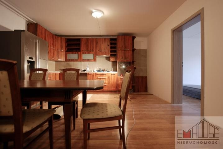 Dom na wynajem Smolec  220m2 Foto 4