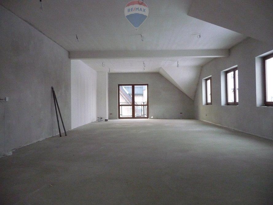 Lokal użytkowy na wynajem Jabłonka  152m2 Foto 1