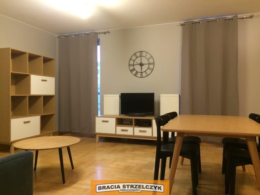 Mieszkanie dwupokojowe na wynajem Warszawa, Śródmieście, Hoża  54m2 Foto 2