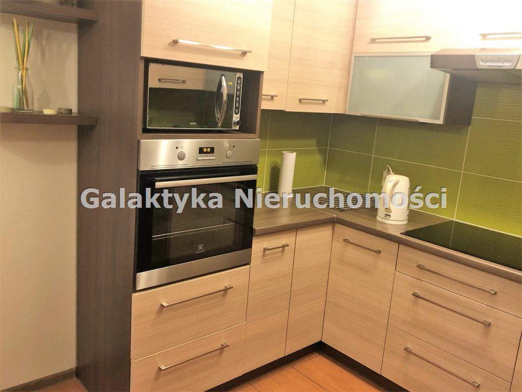 Mieszkanie trzypokojowe na sprzedaż Kraków, Czyżyny  50m2 Foto 2