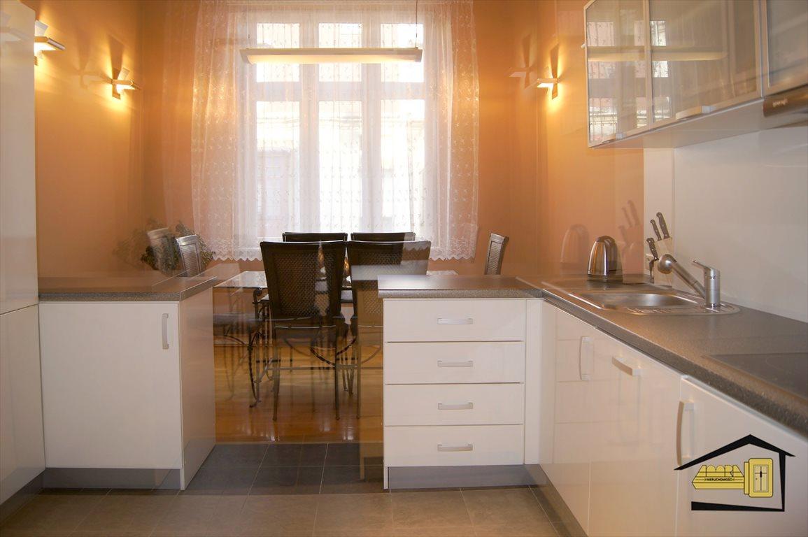 Mieszkanie trzypokojowe na sprzedaż Katowice, Centrum, 3 Maja Okolice  110m2 Foto 1