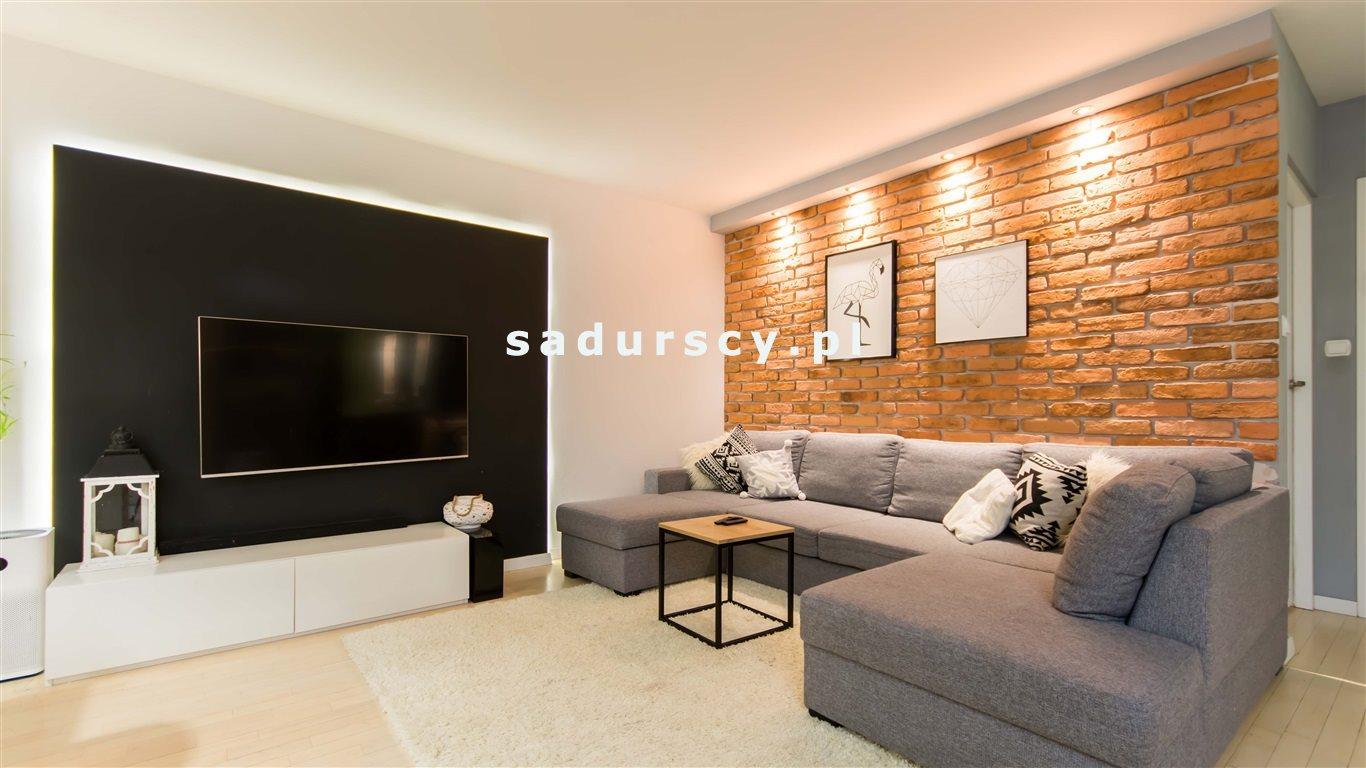 Mieszkanie trzypokojowe na sprzedaż Kraków, Dębniki, Kliny, Komuny Paryskiej  63m2 Foto 1