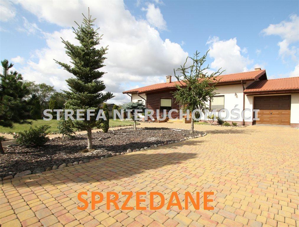 Dom na sprzedaż Tomaszów Mazowiecki  205m2 Foto 1