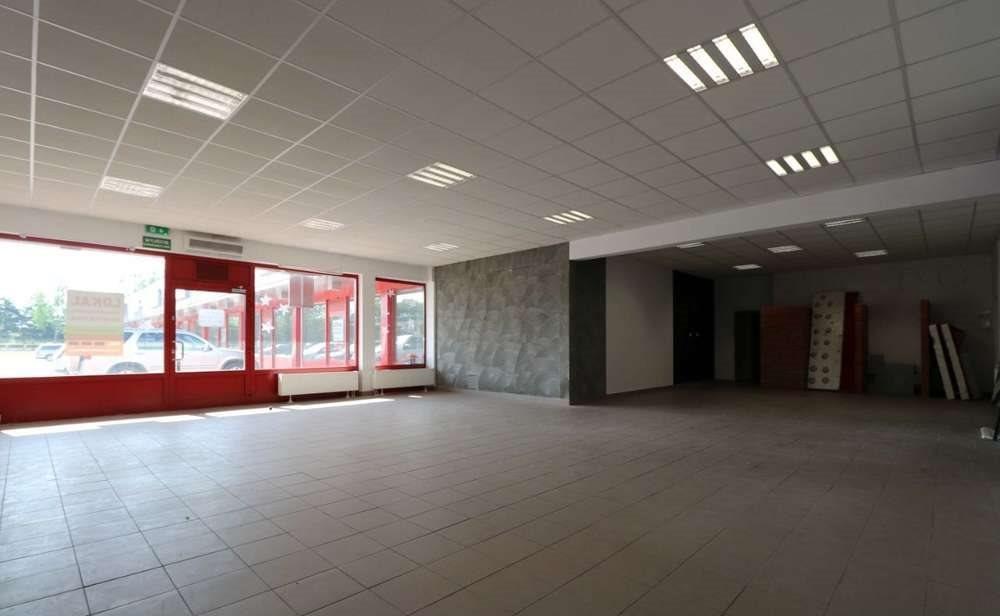 Lokal użytkowy na wynajem Wałcz, Władysława Andersa  300m2 Foto 4