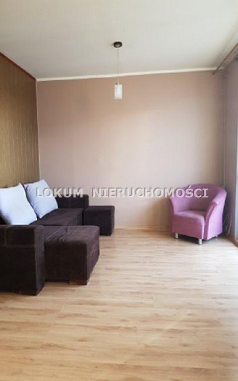 Mieszkanie trzypokojowe na sprzedaż Jastrzębie-Zdrój, Osiedle Morcinka, Katowicka  55m2 Foto 1