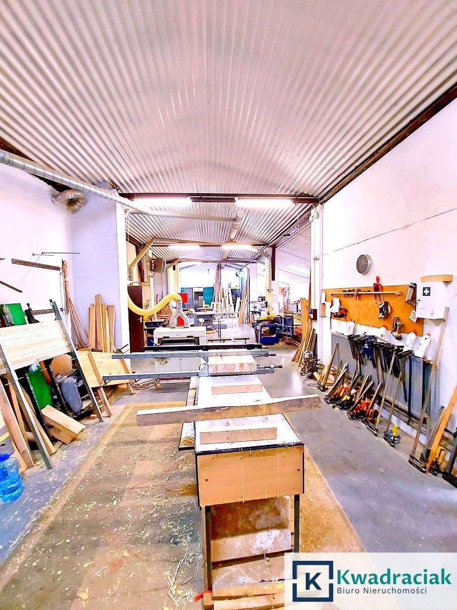 Lokal użytkowy na sprzedaż Bóbrka  300m2 Foto 1