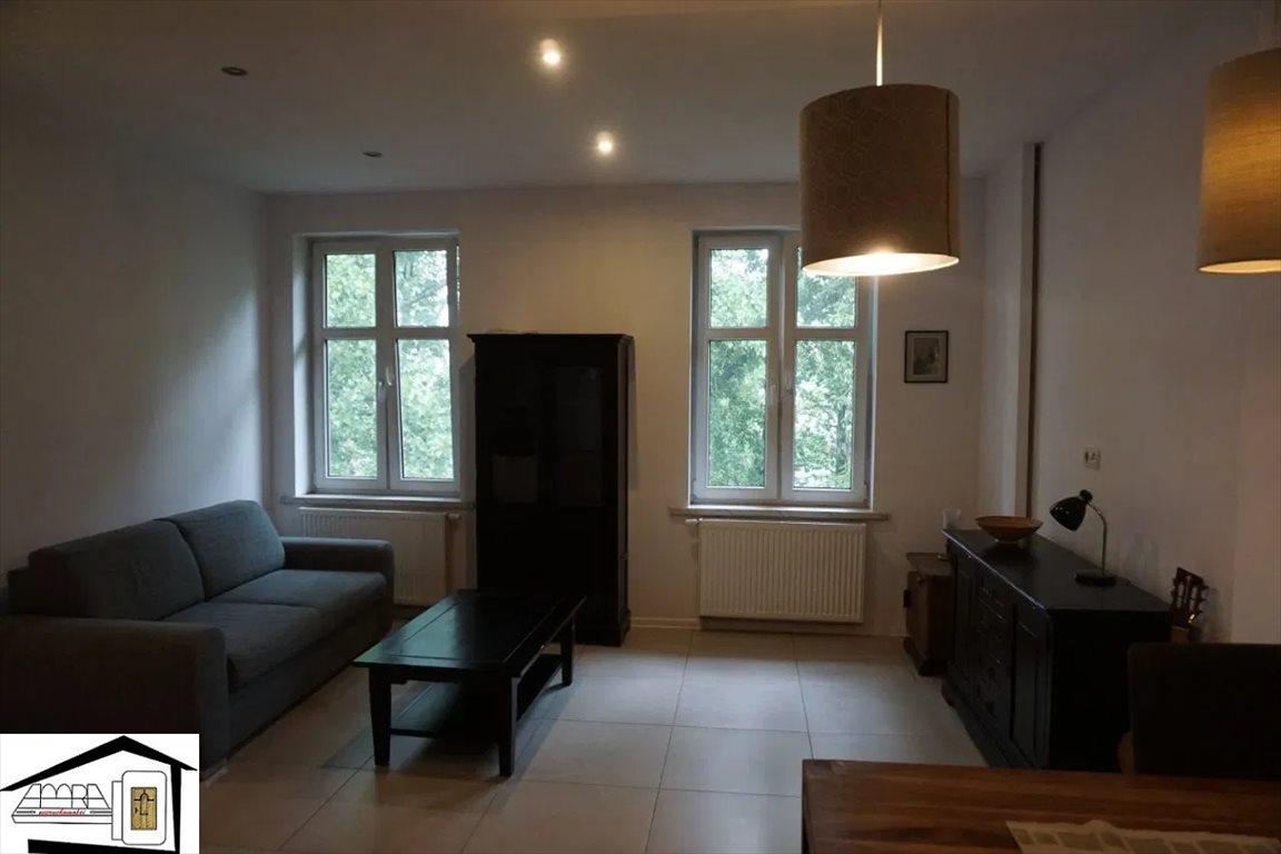 Mieszkanie dwupokojowe na sprzedaż Katowice, Załęże, Wyplera Okolice  42m2 Foto 1