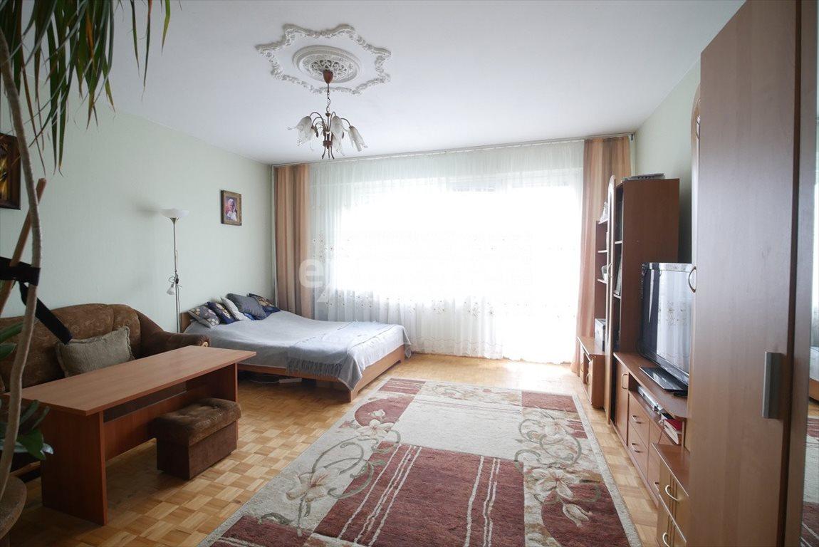 Mieszkanie trzypokojowe na sprzedaż Rzeszów, Miłocińska  64m2 Foto 1