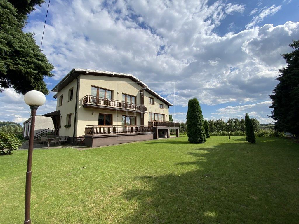 Dom na sprzedaż Lewiczyn  300m2 Foto 1