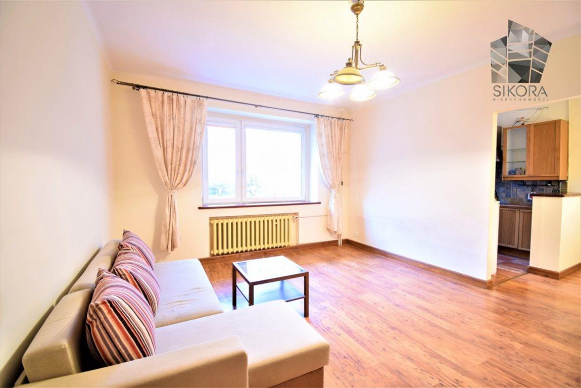 Mieszkanie dwupokojowe na sprzedaż Gdynia, Działki Leśne  64m2 Foto 1
