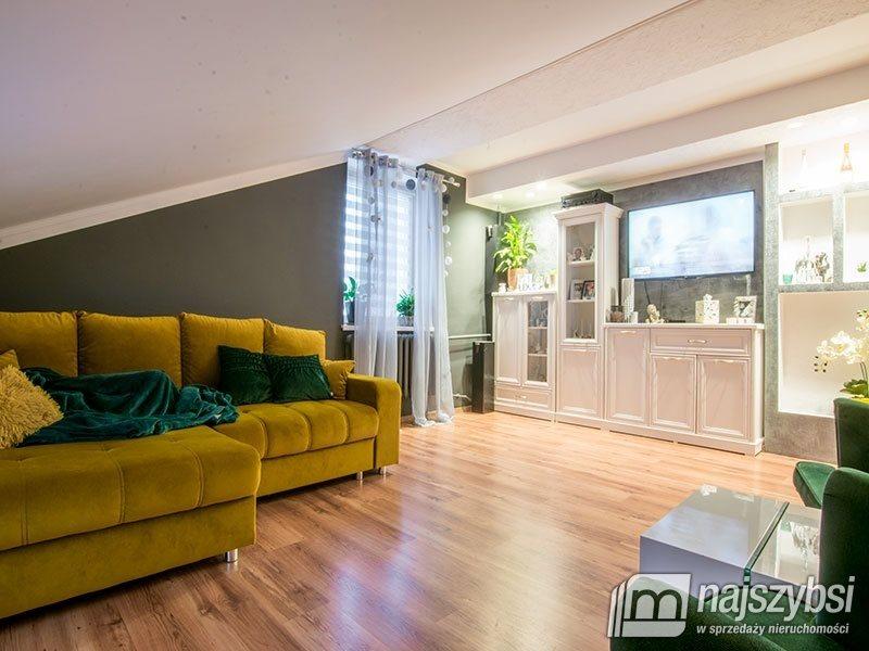 Mieszkanie czteropokojowe  na sprzedaż Świdwin, Obrzeża  116m2 Foto 1