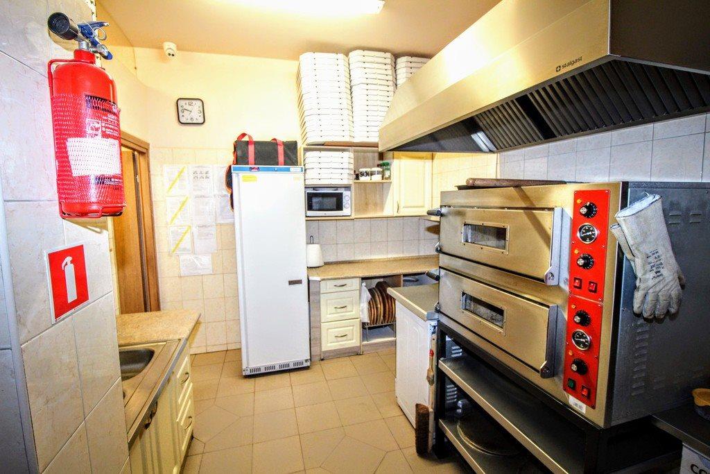 Lokal użytkowy na sprzedaż Niechobrz  130m2 Foto 6