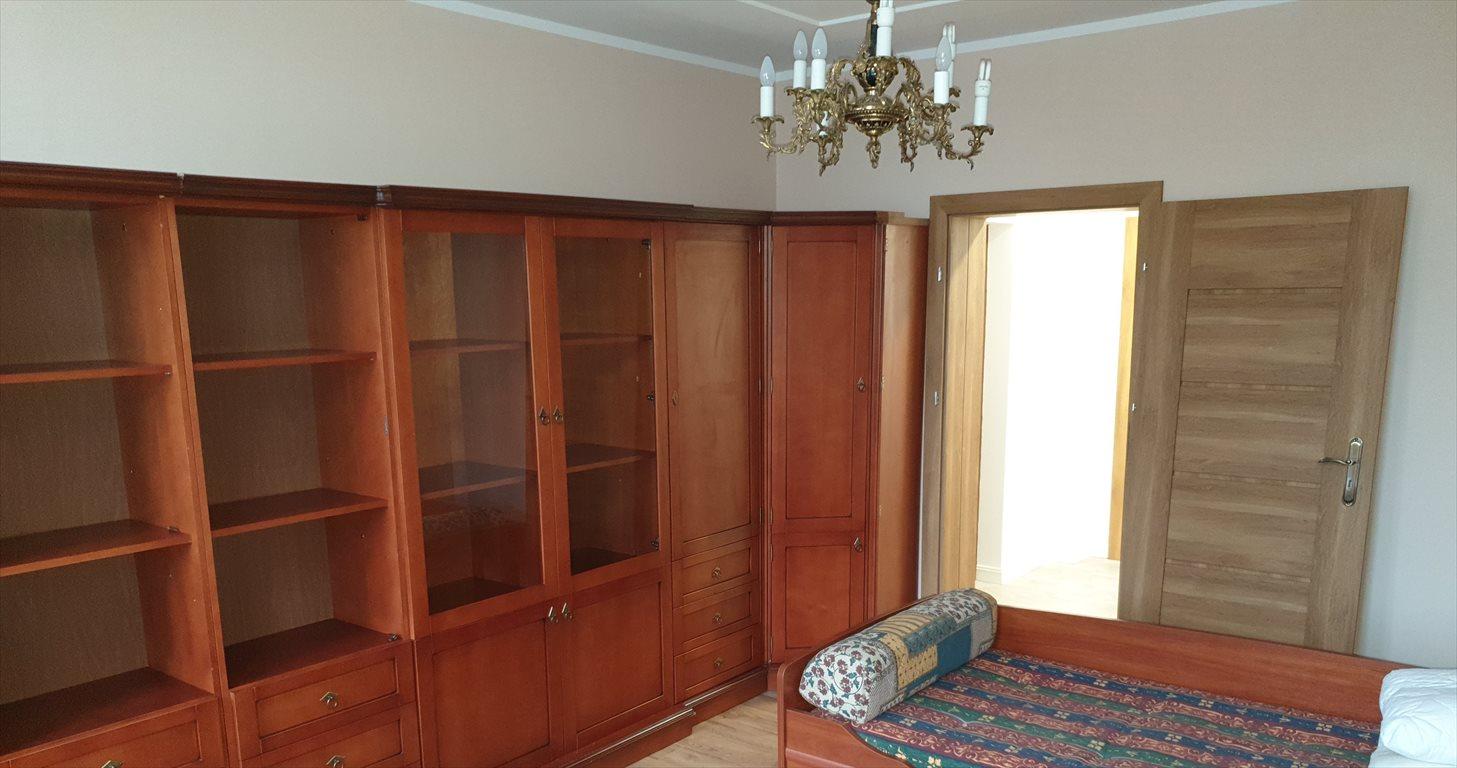 Mieszkanie dwupokojowe na wynajem Gniezno, Wyszyńskiego  62m2 Foto 3