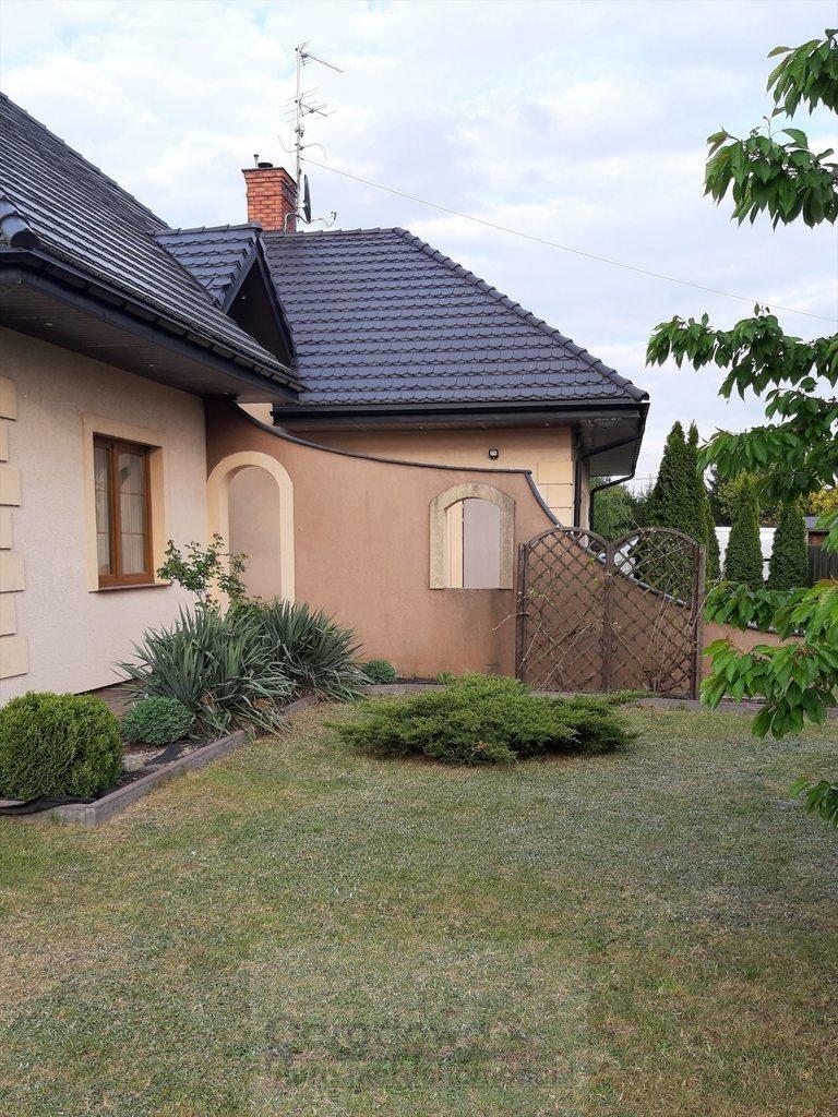 Dom na sprzedaż Łajski  230m2 Foto 1