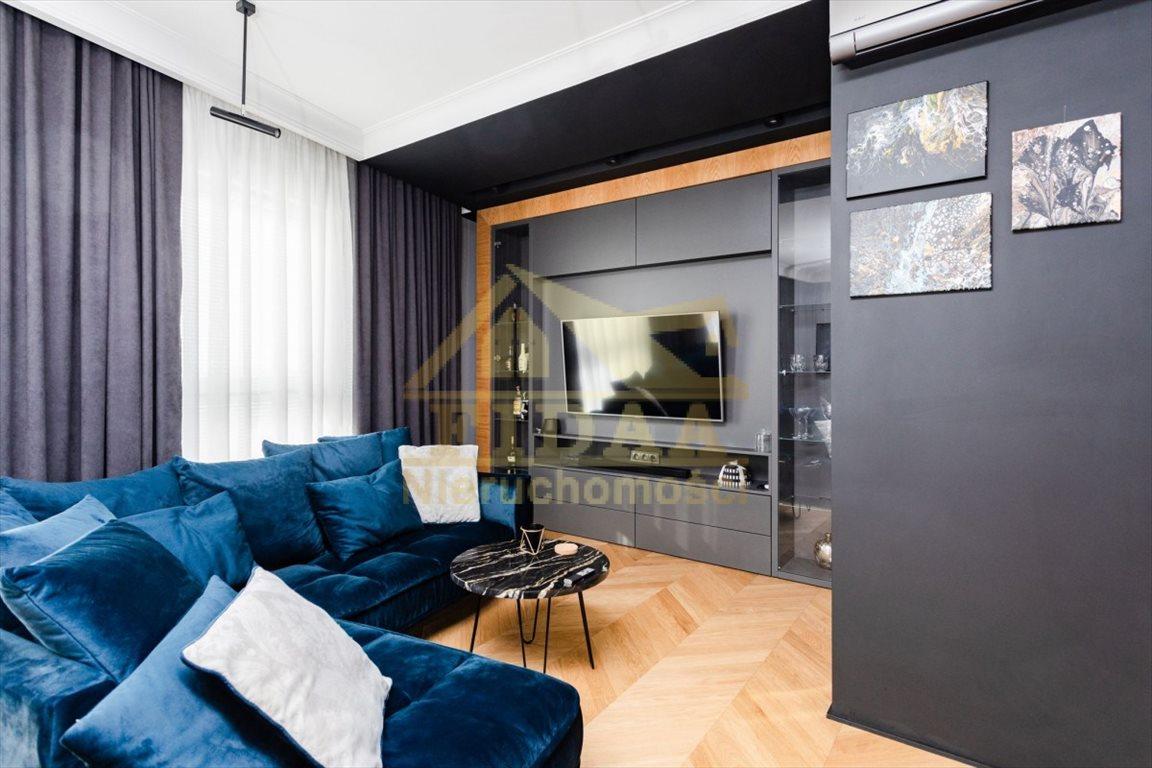 Mieszkanie trzypokojowe na sprzedaż Warszawa, Śródmieście, Burakowska  66m2 Foto 1