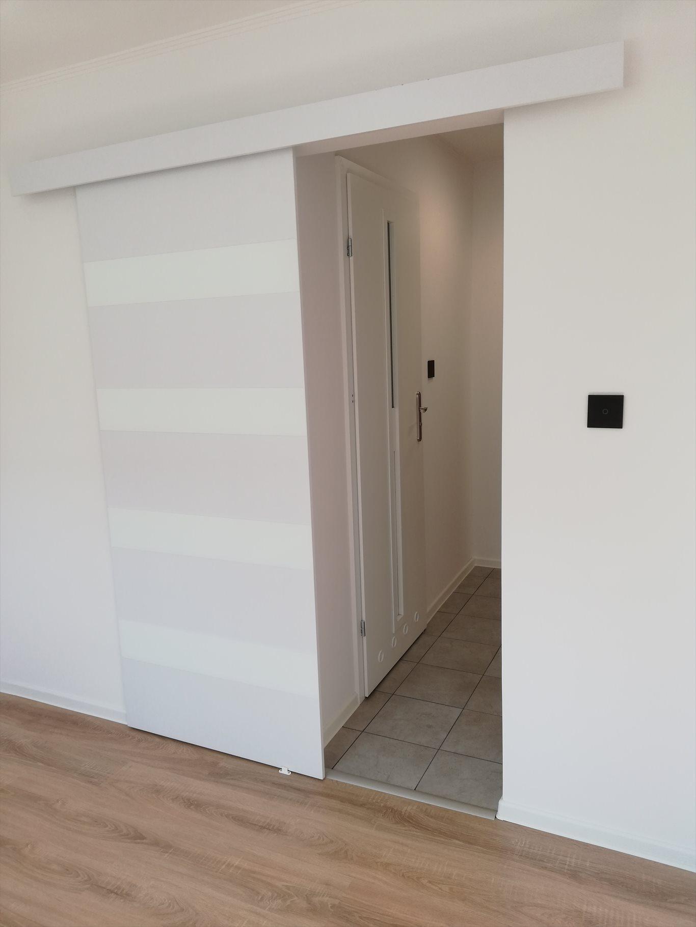 Mieszkanie dwupokojowe na sprzedaż Kielce, Czarnów-Osiedle, Urzędnicza 18  36m2 Foto 9