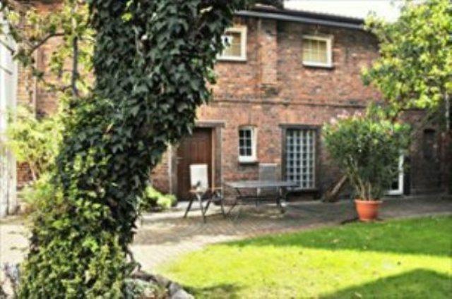 Dom na sprzedaż Śrem  211m2 Foto 1