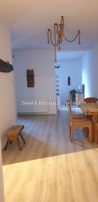 Mieszkanie czteropokojowe  na sprzedaż Świdnica, Centrum  100m2 Foto 3