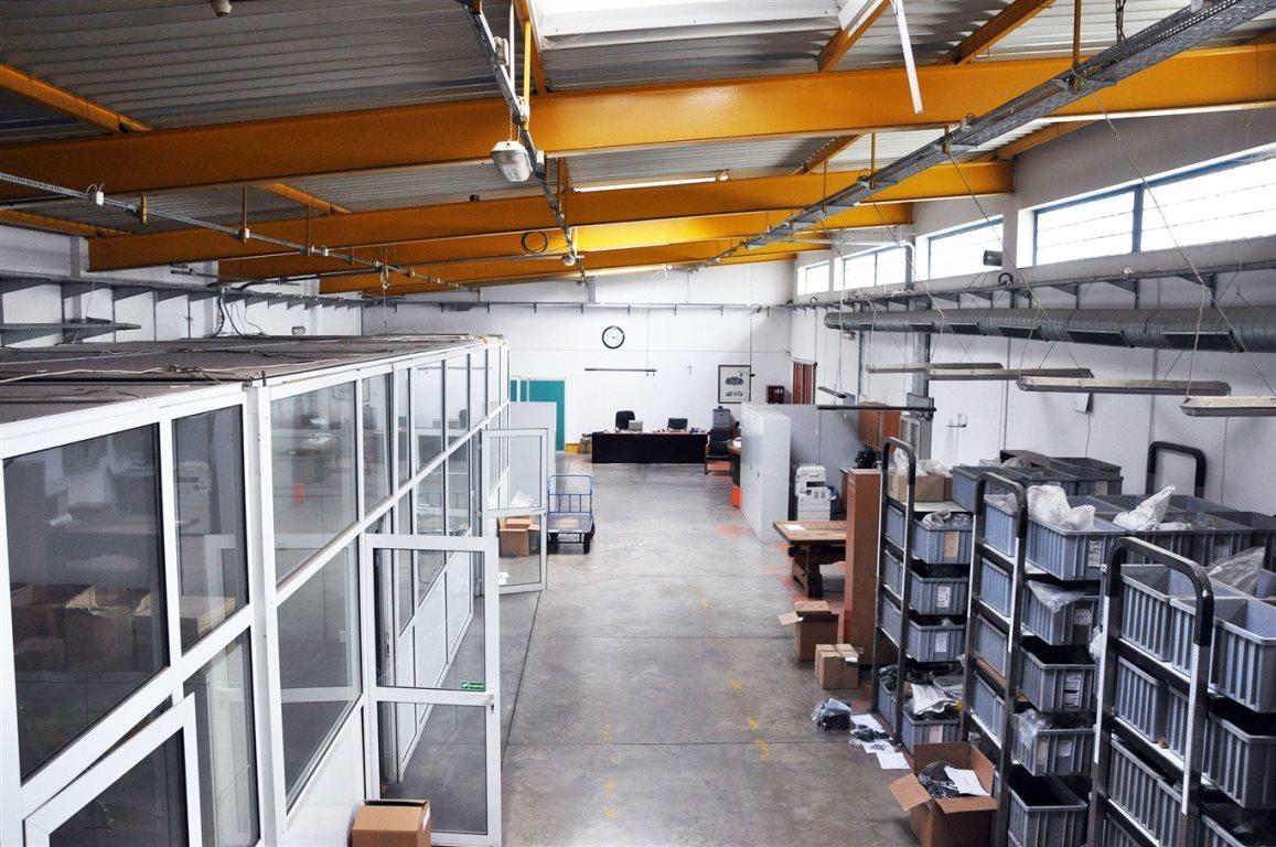 Lokal użytkowy na sprzedaż Częstochowa, Grabówka  1710m2 Foto 4