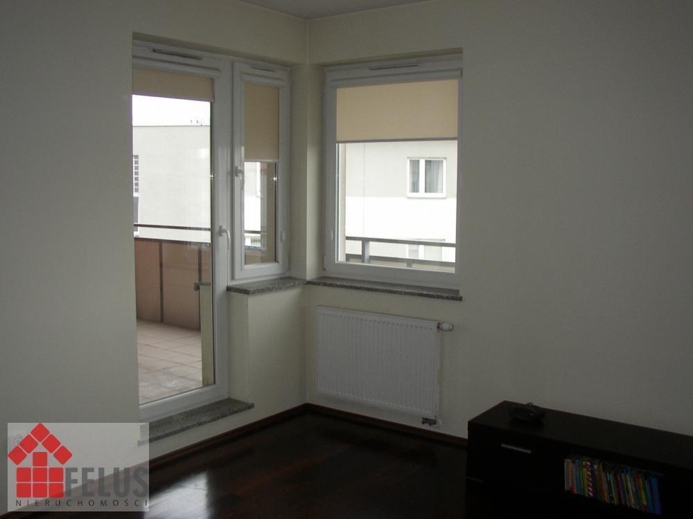 Mieszkanie trzypokojowe na sprzedaż Kraków, Kliny  69m2 Foto 1