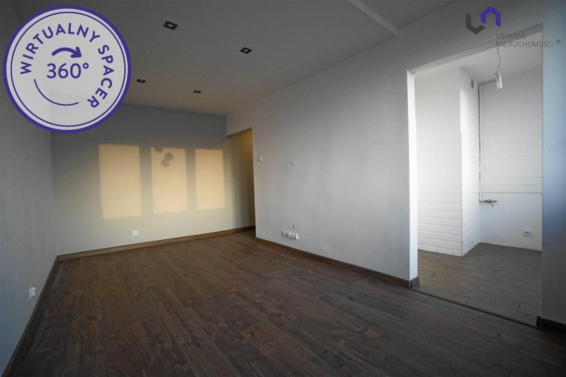 Mieszkanie dwupokojowe na sprzedaż Tychy, Wyszyńskiego  37m2 Foto 2