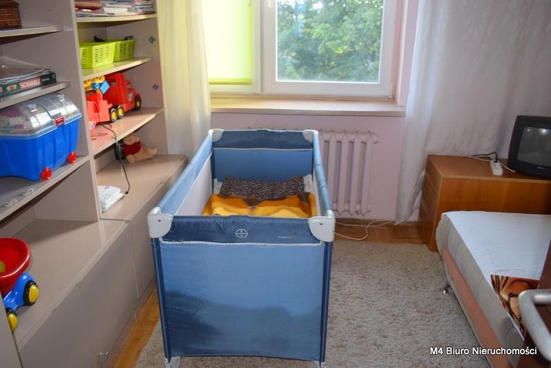 Mieszkanie czteropokojowe  na sprzedaż Krosno  62m2 Foto 8