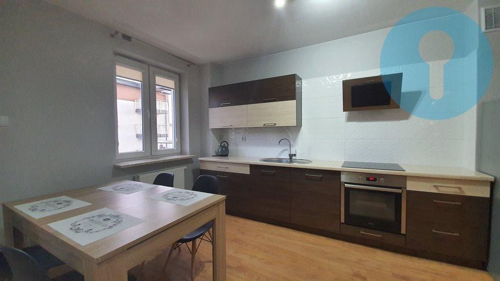 Mieszkanie trzypokojowe na wynajem Kielce, Stanisława Wyspiańskiego  54m2 Foto 1