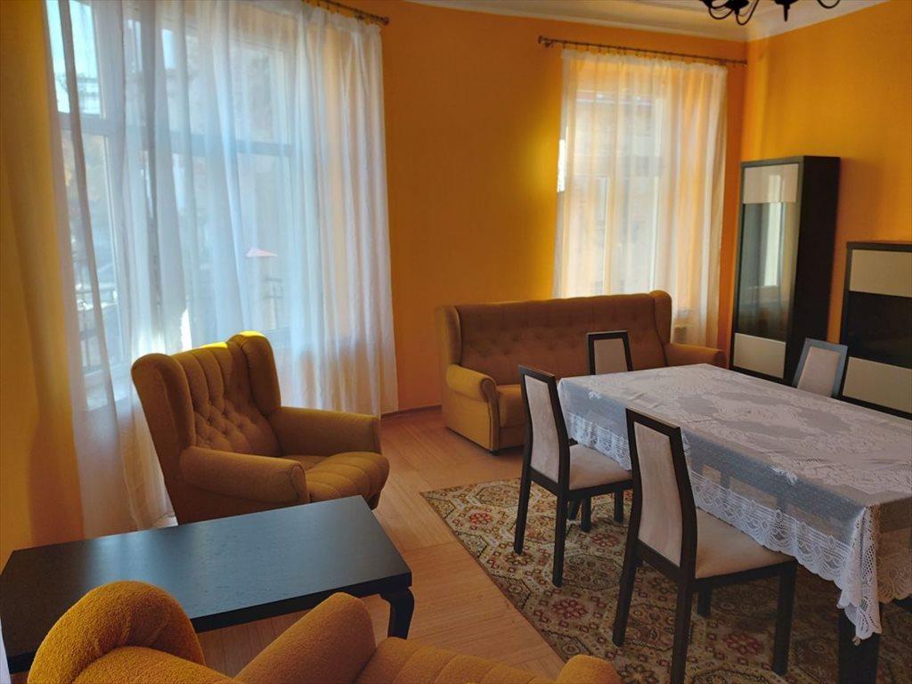 Mieszkanie dwupokojowe na sprzedaż Jelenia Góra  73m2 Foto 4