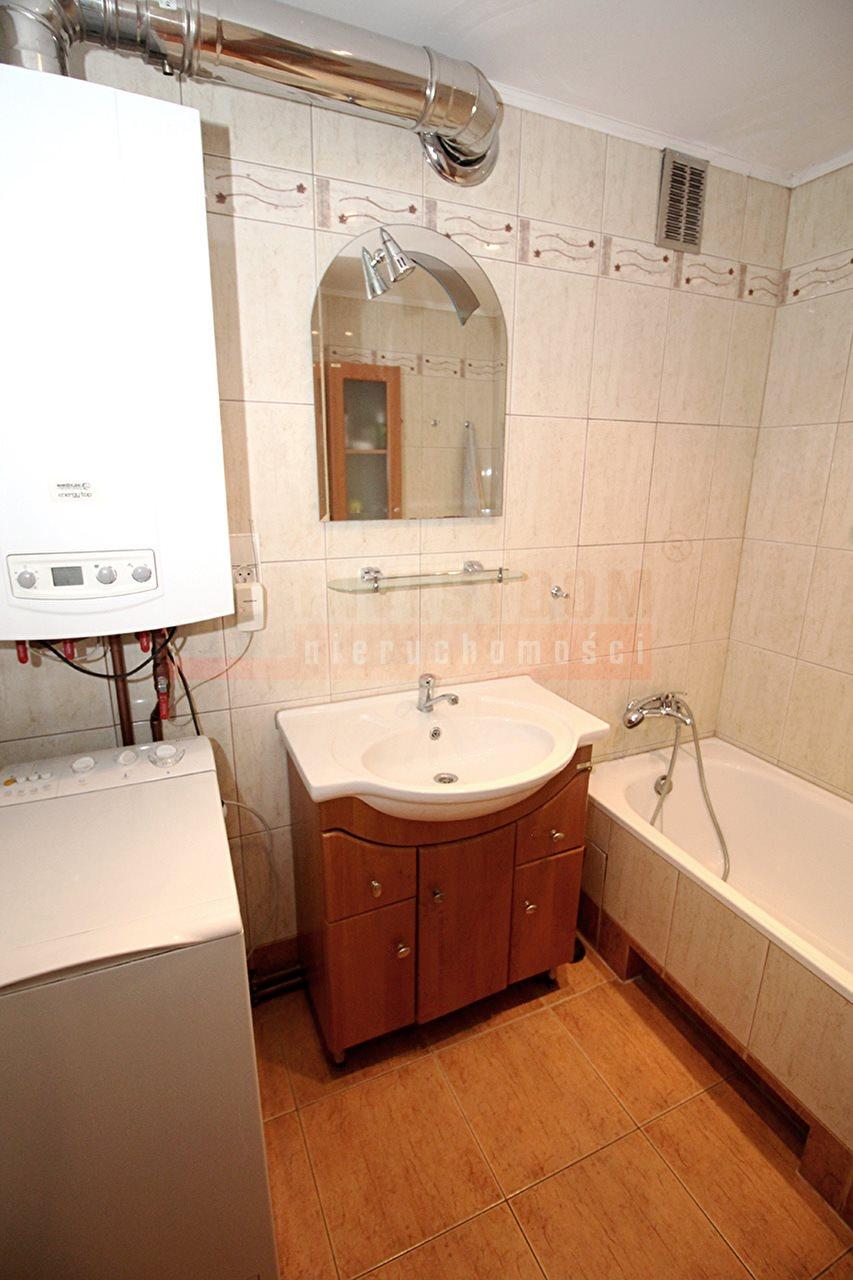 Mieszkanie czteropokojowe  na sprzedaż Kluczbork  74m2 Foto 6