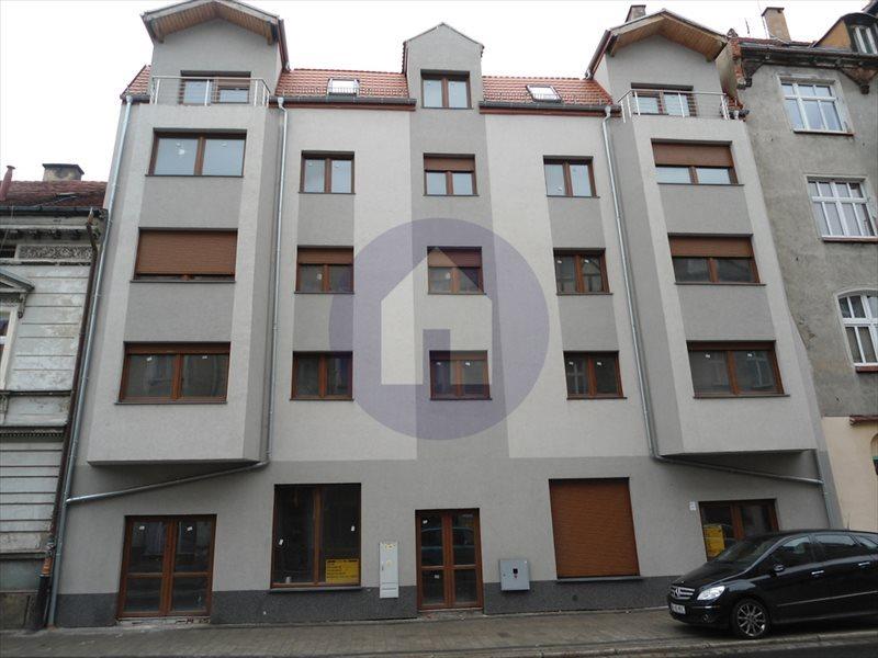 Mieszkanie trzypokojowe na sprzedaż Legnica, Jaworzyńska  71m2 Foto 1