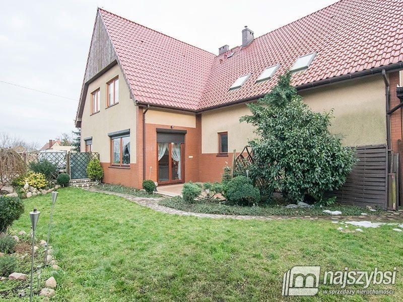 Dom na sprzedaż Pyrzyce, obrzeża  197m2 Foto 1